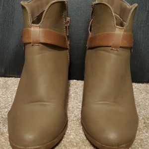 Soda Heeled Boots for Sale in Flowery Branch, GA
