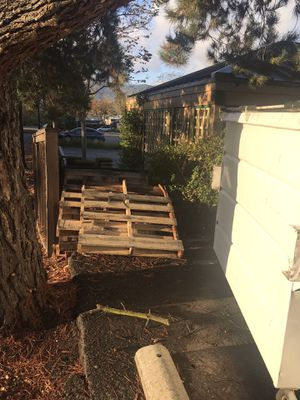Free wooden pallets for Sale in Pleasanton, CA