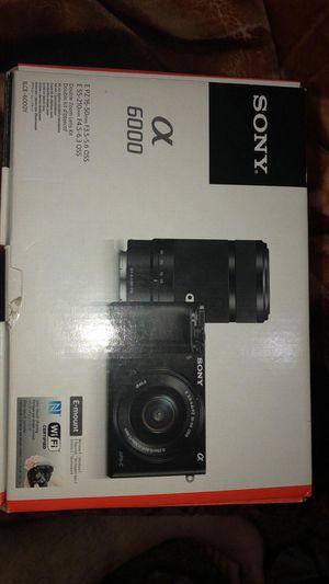 Sony a6000 for Sale in Detroit, MI