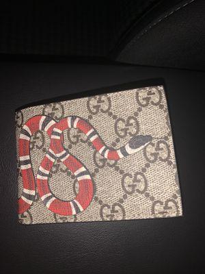 GUCCI Mans snake wallet ORIGINAL for Sale in Glendale, CA