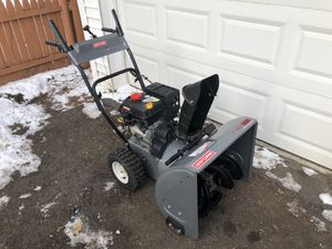 Craftsman 624 Self-Propelled Snow Blower for Sale in STUYVSNT PLZ, NY