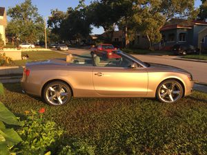 Beautiful 2011 Audi A5 convertible less than 16,000 miles for Sale in Lakeland, FL