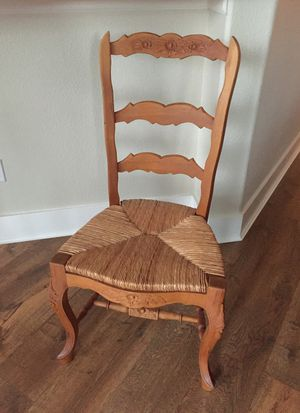 4 French Country Rush Seat Chairs for Sale in Valley Home, CA