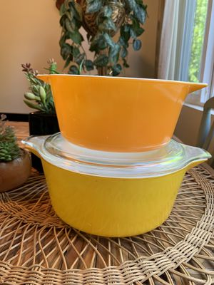 Citrus 🍊 🍋 Colored Vintage Pyrex for Sale in Issaquah, WA