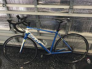 GIANT Defy Aluxx Men's Road Bike — size M (54cm) for Sale in Alafaya, FL
