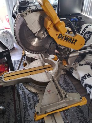 Chop saw & table for Sale in San Dimas, CA