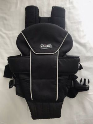 Chicco Baby Carrier for Sale in Livermore, CA
