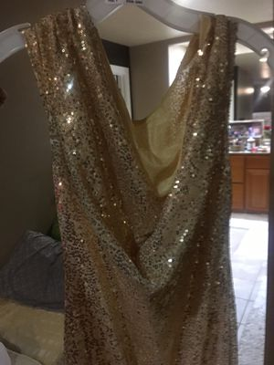 New Never been used gold sequins dress for Sale in Modesto, CA