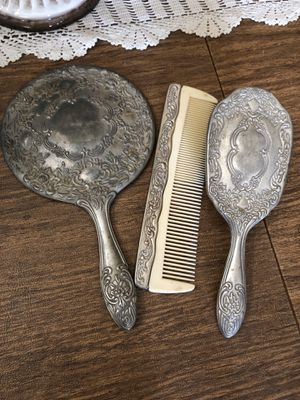 Sterling silver antique vanity set. Just needs polishing. Mirror is not broken or chipped. Beautiful pieces💕 for Sale in Corona, CA