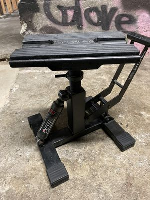 Pit bike motorcycle lift stand for Sale in Tacoma, WA