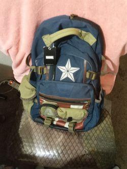 Marvel CAPTAIN AMERICA BACKPACK for Sale in Dallas,  TX