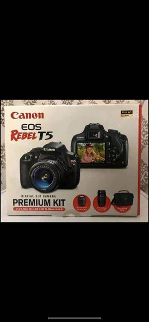 Canon EOS Rebel T5 Premium Kit Bundled EF-F 18-55mm f/3.5-5.6 is II EF 75-300mm f/4-5.6 III + case for Sale in Wesley Chapel, FL