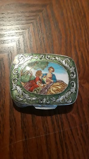 Gorgeous Antique Italian enamel mini compact mirror case. for Sale in New York, NY