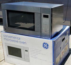 GE Countertop Microwave for Sale in Montclair, CA