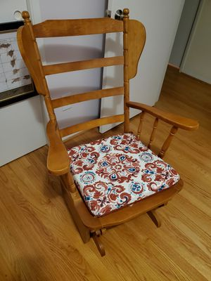 Old Fashioned Solid Wood Rocking Chair for Sale in Sully Station, VA