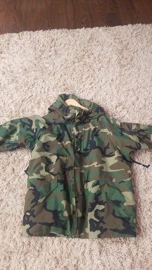 Real Army Gortex Parka style jacket size XL for Sale in Las Vegas, NV