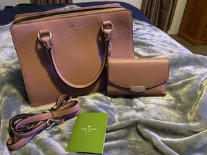 Used Authentic Kate Spade Purse with Authentic matching Wallet for Sale in Las Vegas, NV
