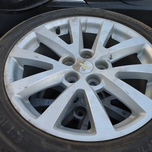 WHEEL AND TYRE for Sale in Huntington Park, CA
