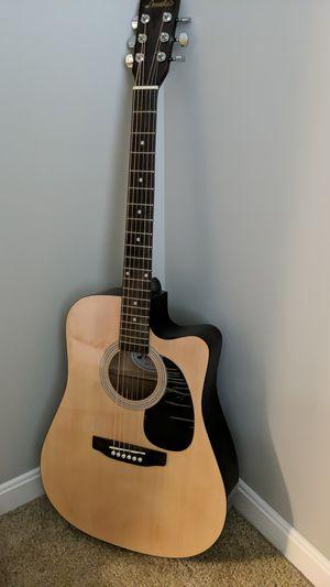 Like new AMusic guitar for Beginners for Sale in UPPER ARLNGTN, OH