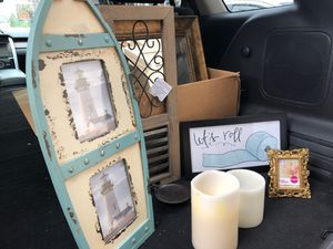 Lot of decor- battery operated candles, wood and metal candle holder, sign and small frame for Sale in Puyallup, WA