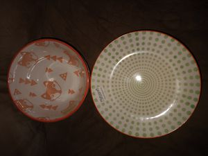 New dishes from Belk. 5 plates 2 bowls for Sale in Columbia, VA