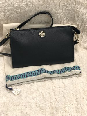 Tory burch crossbody color negro for Sale in Houston, TX