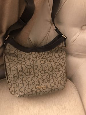 Calvin Klein crossbody purse for Sale in Yonkers, NY