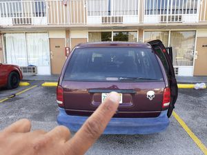 Miny van for Sale in Kissimmee, FL