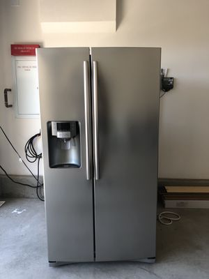 Samsung Refrigerator/ Freezer for Sale in Chino Hills, CA