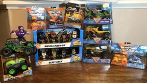 Monster Jam monster trucks 18 total Hot wheels Grave Digger DragonEarth Shaker Fire and Ice MAX D & El Toro Loco Monster Mutt Rotweller Drogond for Sale in Chula Vista, CA