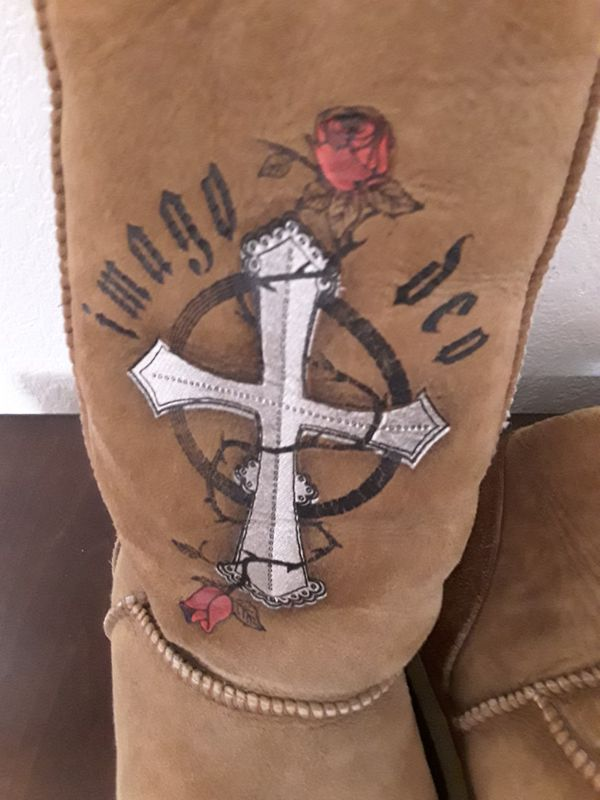 IMAGE. Womans Boots size 8 worn a few times.
