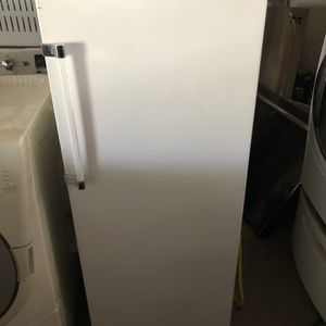 Mini Fridge 4 Feet Tall Working Condition for Sale in Bakersfield, CA