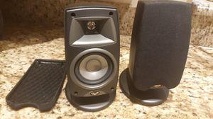 Klipsch Quintet III Speakers- Powerful Wired Pair for Sale in Clermont, FL
