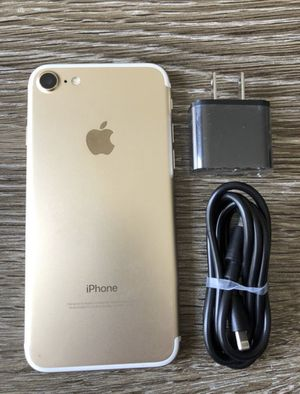 🌟 Like New!! 🌈 Unlocked iPhone 7 ~32 gig ~ALL CARRIERS!! for Sale in Costa Mesa, CA