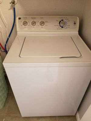 washer & electric dryer set for Sale in Montclair, CA