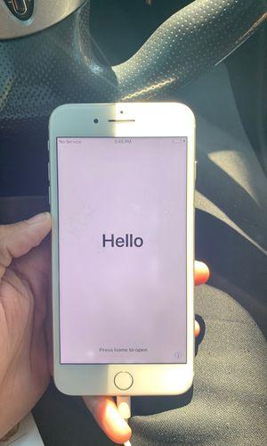 iPhone 8 Plus for Sale in Cochran, GA