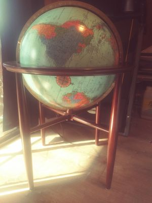 "20"" Heirloom Globe for Sale in Fresno, CA"