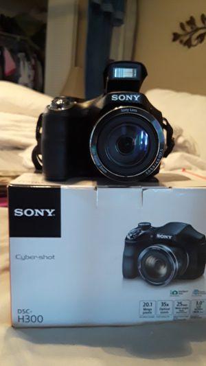 Camera Sony Cyber Shot h300 for Sale in Orlando, FL