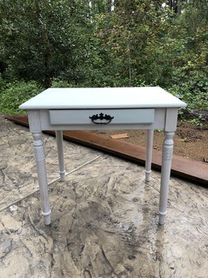 Entry table/ desk for Sale in Eatonville, WA