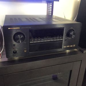 Marantz AV Surround Receiver SR8200 for Sale in Queens, NY