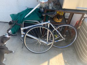 Cannondale road bike for Sale in Stockton, CA