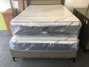 full pillow top mattress with boxpring for Sale in Compton, CA