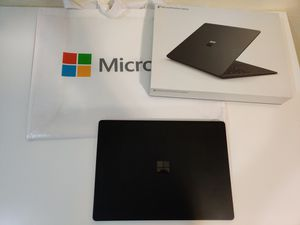 Surface laptop 2 black for Sale in North Miami Beach, FL