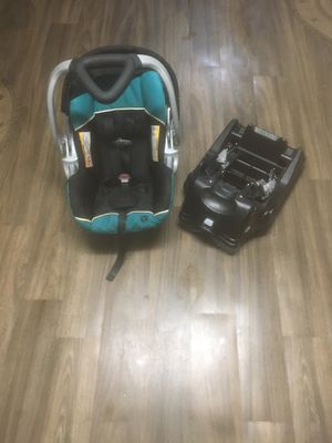 Baby trend car seat and base set for Sale in Norton, OH