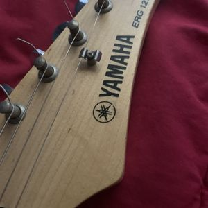 Yamaha Electric Guitar for Sale in Houston, TX