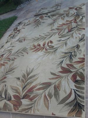 8 x 11ft large area rug tropical floral comes with matching door rug matt carpet for Sale in Pompano Beach, FL