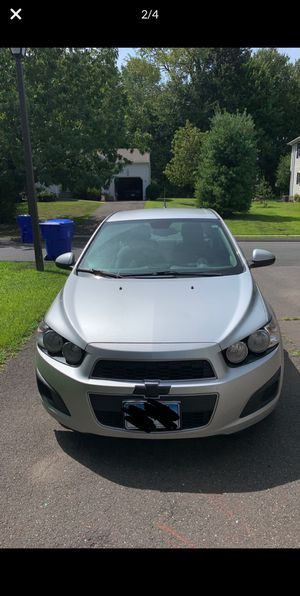 2013 Chevy Sonic LS for Sale in Hartford, CT