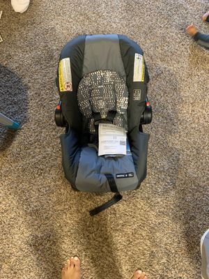 Graco infant car seat with base for Sale in Lubbock, TX