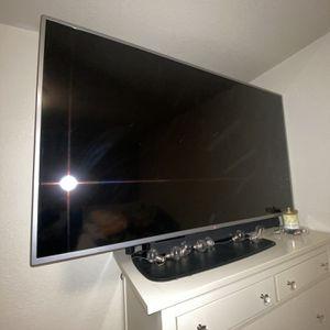 LG Tv for Sale in Hayward, CA