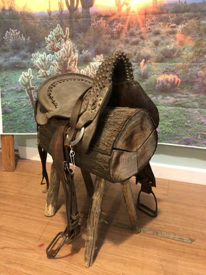 Endurance Horse Saddle - Western Party Decoration for Sale in Burbank, CA